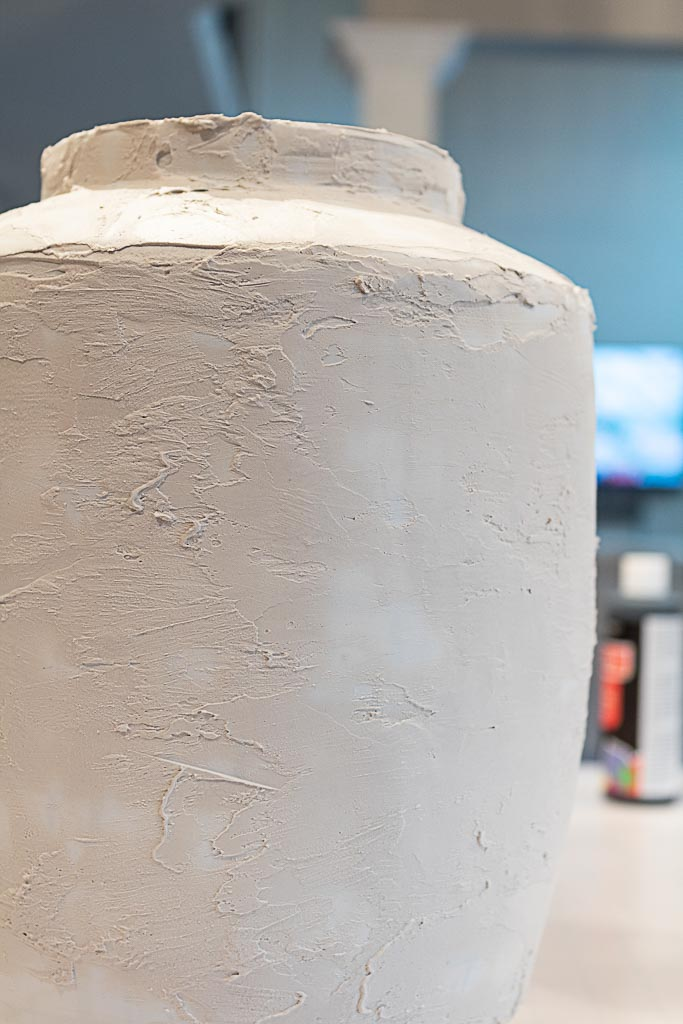 DIY plaster vase