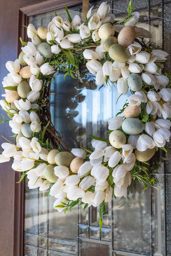 How to Make a Tulip Wreath for Easter