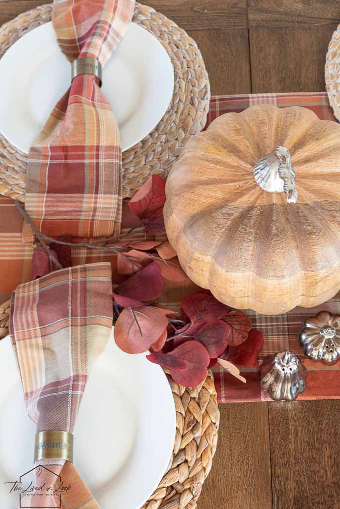 How to Save Money on Your Thanksgiving Décor – Inexpensive Thanksgiving Table Ideas