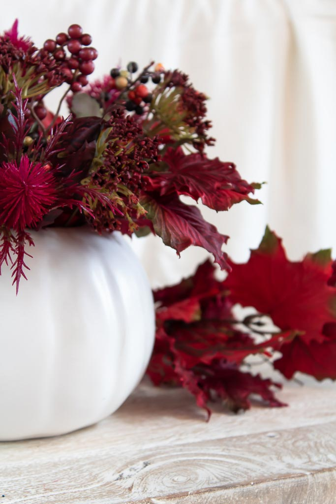 Simple Fall Centerpiece for Your Dining Table