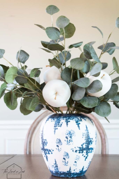 Make This Simple and Easy Faux Apple Centerpiece for Your Thanksgiving Table