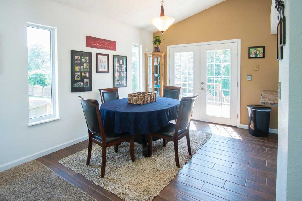 4 Common Area Rug Mistakes And How To, Rug Under Dining Room Table
