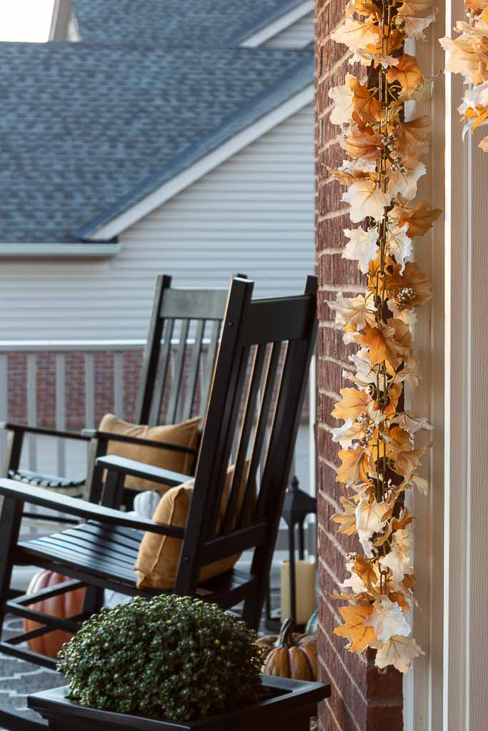 Easy Fall Front Porch Decorating Ideas On a Budget