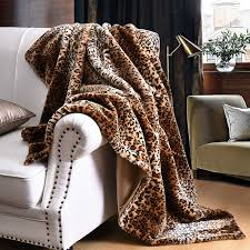 leopard fall home